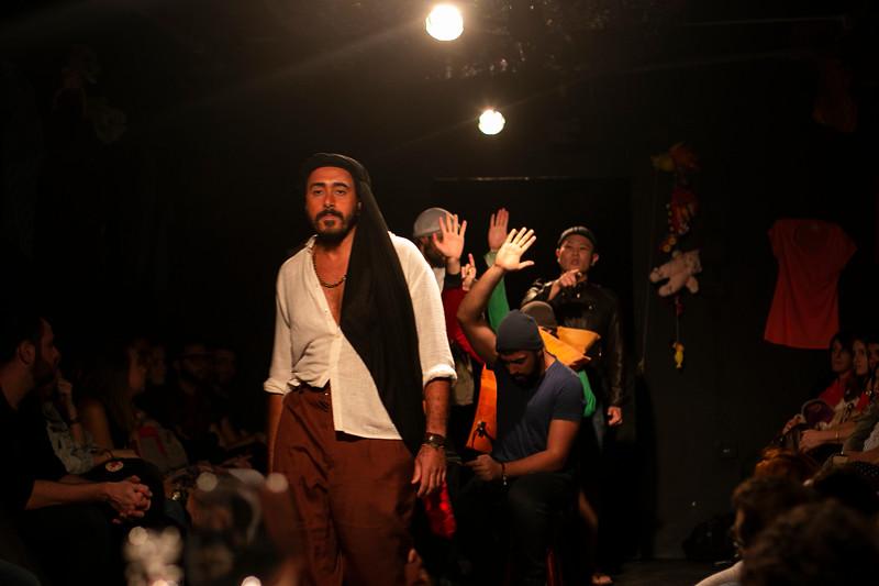 Allan Bravos - Fotografia de Teatro - Indac - Migraaaantes-143.jpg