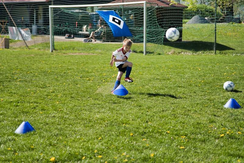 hsv-fussballschule---wochendendcamp-hannm-am-22-und-23042019-w-55_47677905952_o.jpg