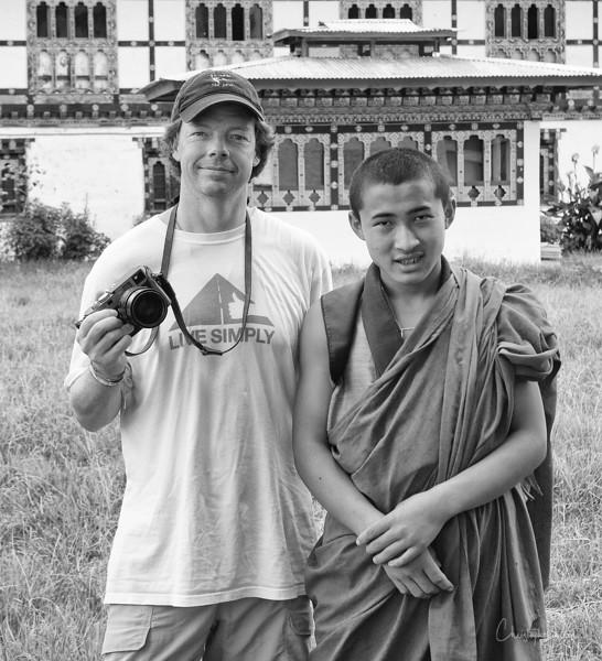punakha-dzong_chorten-nebu_20120917_8920.jpg