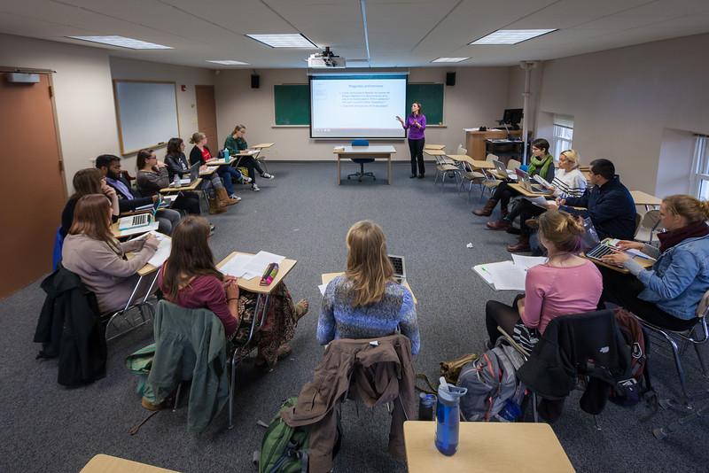 Rosa Tapia Classroom-49.jpg