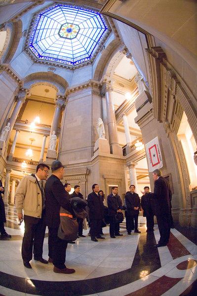 2007_china_delegation_statehouse_tour_lt_gov_0105.JPG