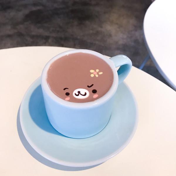 C.Through Cafe, Itaewon