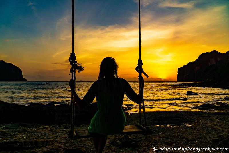 sunset_Phi_Phi_Swing-2.jpg