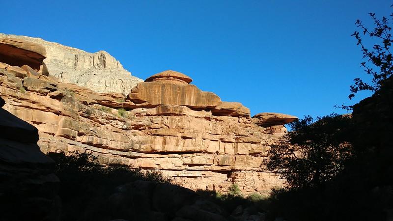 Nice sceneries at Havasu Canyon.