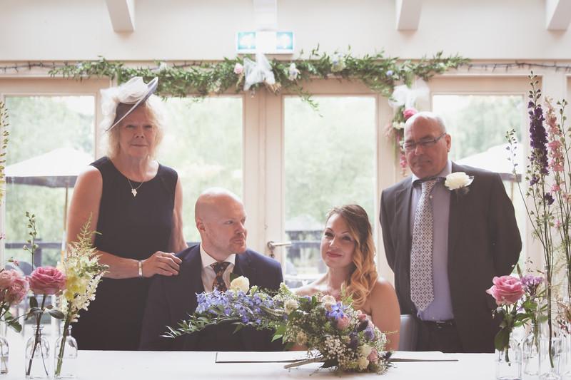 Sam_and_Louisa_wedding_great_hallingbury_manor_hotel_ben_savell_photography-0095.jpg