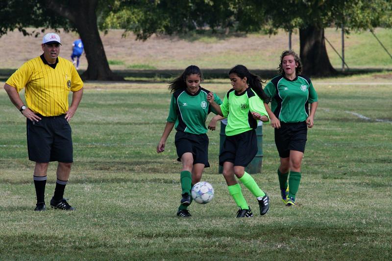 Soccer2011-09-17 11-22-08.JPG