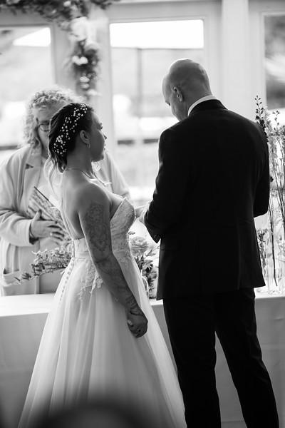 Sam_and_Louisa_wedding_great_hallingbury_manor_hotel_ben_savell_photography-0074.jpg