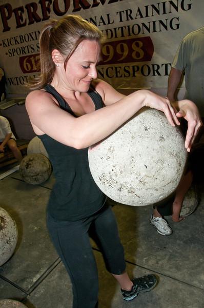 Strongman Saturday 4-14-2012_ERF4308.jpg