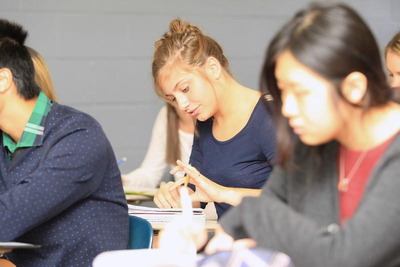 Fall-2014-Student-Faculty-Classroom-Candids--c155485-116.jpg