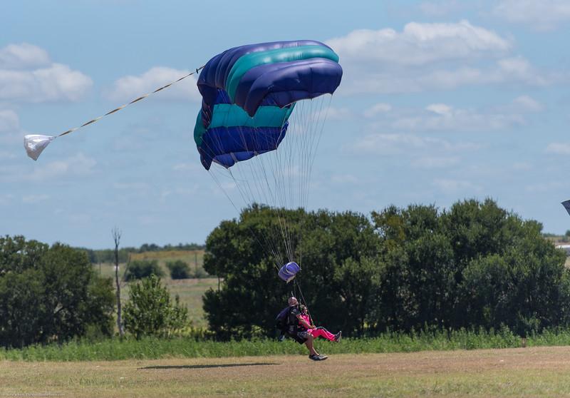 SkydivingEdited-19.jpg