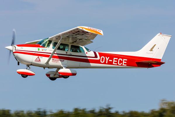 OY-ECE - Cessna 172M Skyhawk