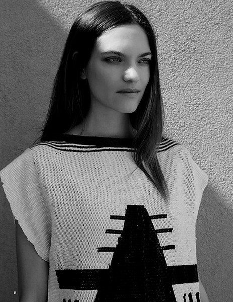 Stylist-Sabine-Feuilloley-Lifestyle-Commercial-Creative-Space-Artists-Management-54-agb-issue-wear-no-evil.jpg