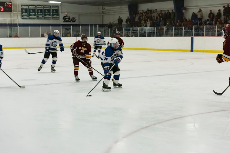 Wildcats hockey Seniors 2-18-17_0459.jpg