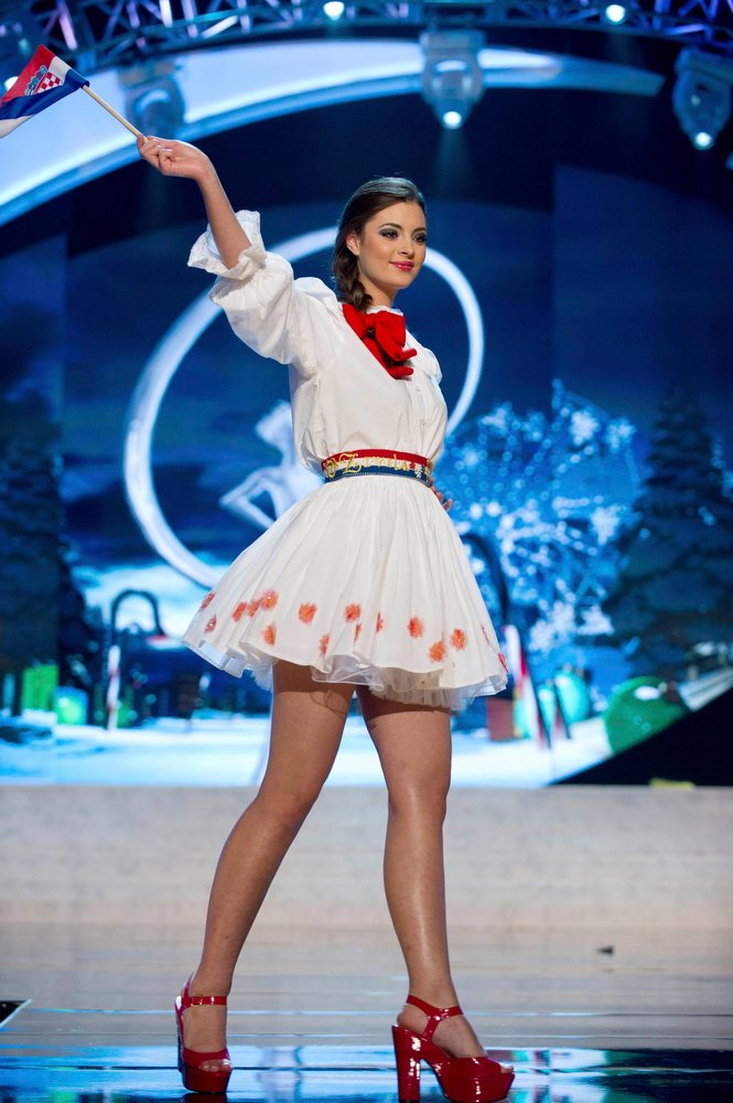 . Miss Croatia Elizabeta Burg performs onstage at the 2012 Miss Universe National Costume Show at PH Live in Las Vegas, Nevada December 14, 2012. The 89 Miss Universe Contestants will compete for the Diamond Nexus Crown on December 19, 2012. REUTERS/Darren Decker/Miss Universe Organization/Handout
