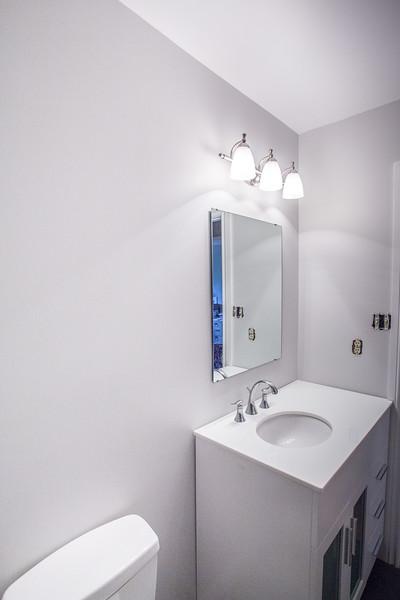 Chris 1 bathroom-8181.jpg