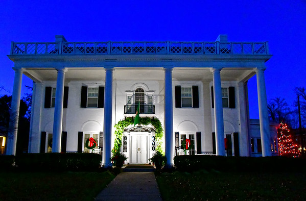 12.05.19 - President's House - Christmas Decorations