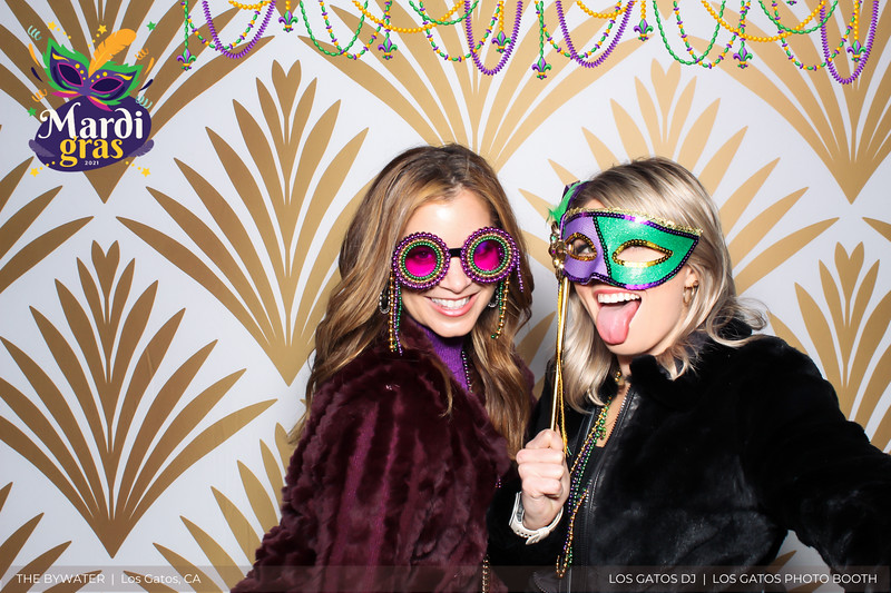 LOS GATOS DJ - The Bywater's Mardi Gras 2021 Photo Booth Photos (beads overlay) (23 of 29).jpg