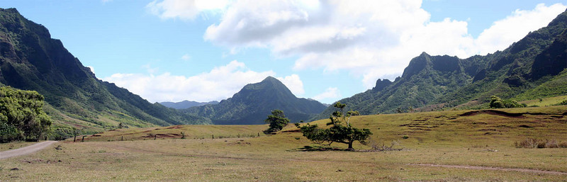 Kualoa Ranch Pano 4.jpg