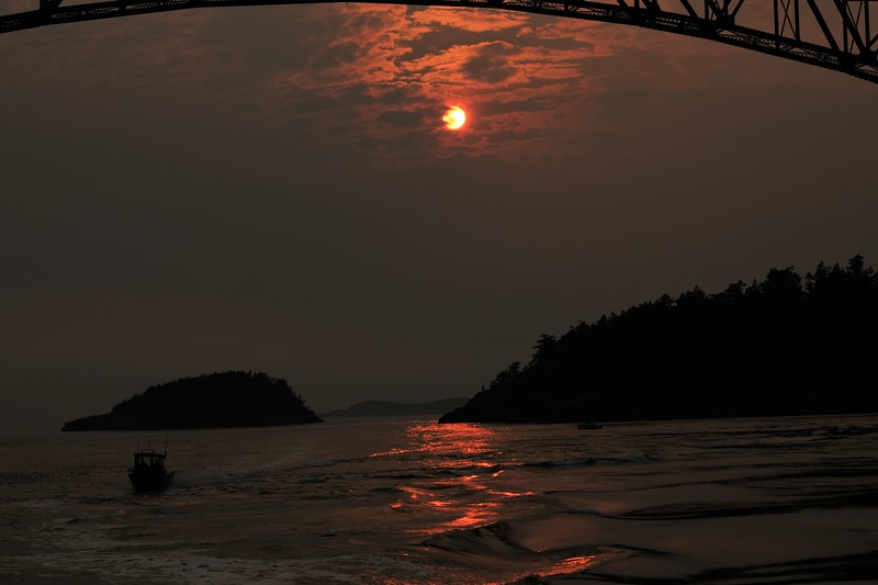 Deception Pass Fishing Boat in Sunset.JPG