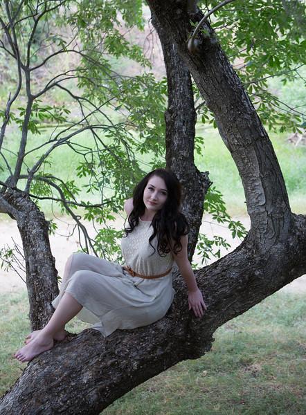 Abby Portrait Round Valley-_85A6909-.jpg