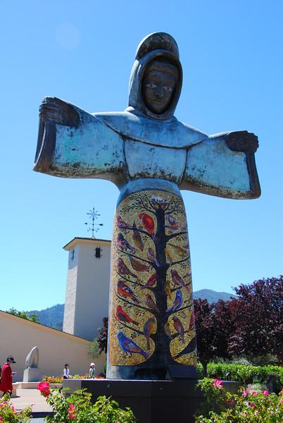 The big, creepy statue guy at Robert Mondavi.