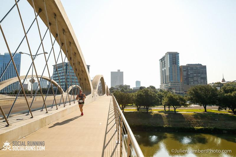 Fort Worth-Social Running_917-0145.jpg