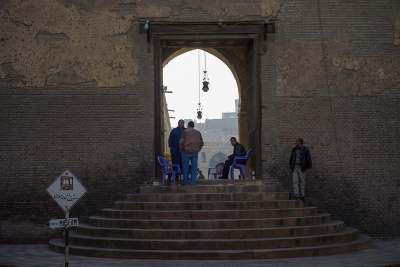 El paso a la mezquita