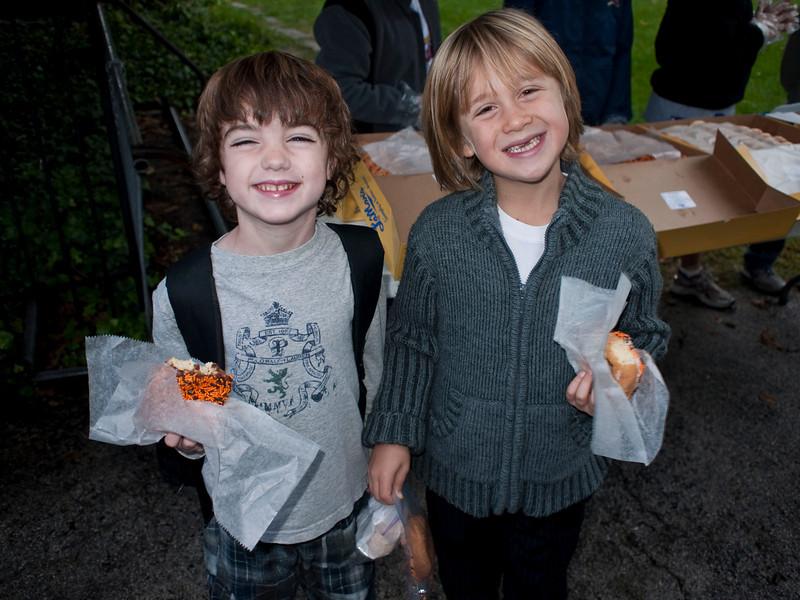 6th Grade Donut Sale October 15, 2009