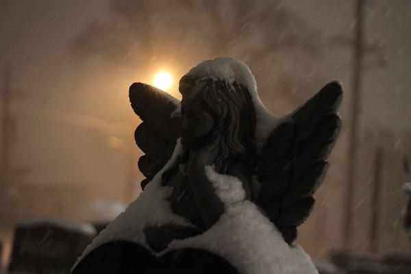 *Kokomo Mom-snow-christmas12-'10