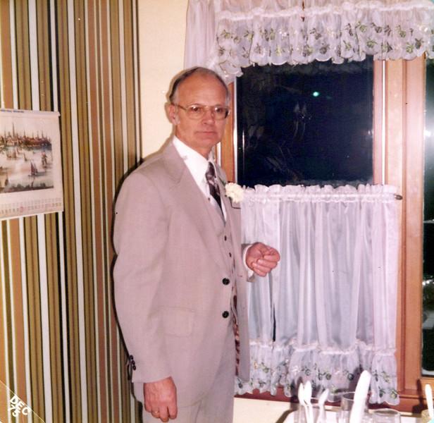 1975 wedding Doc Konyha.jpeg
