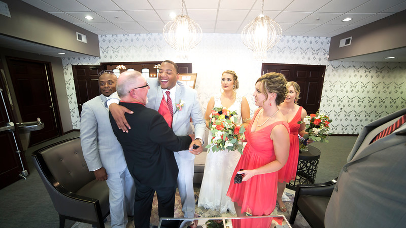 Laura & AJ Wedding (0856).jpg