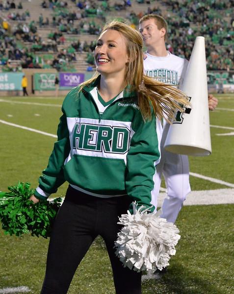 cheerleaders1516.jpg
