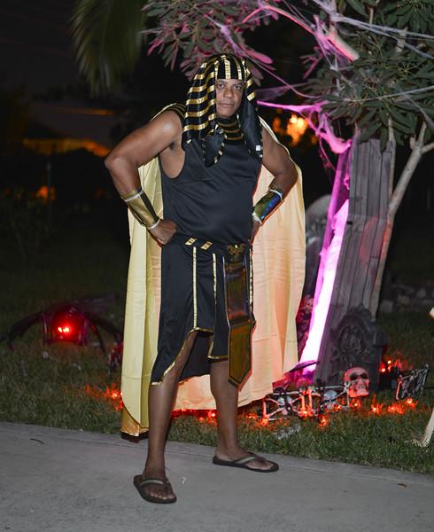 Halloween at the Barn House-210.jpg
