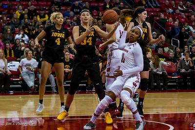 UW Sports - Women's Basketball [d] Dec 28, 2017