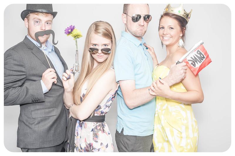 Laura+Ross-Wedding-Photobooth-070.jpg