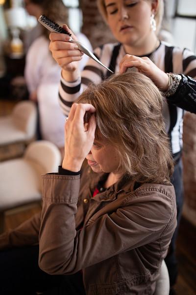 Kathryn getting ready K&M-51.jpg