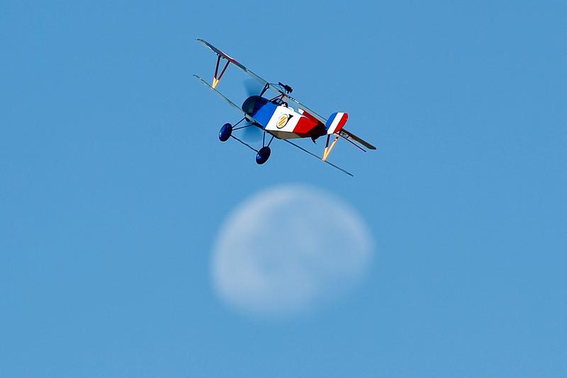 Electrifly_Nieuport17_Moon_53.jpg