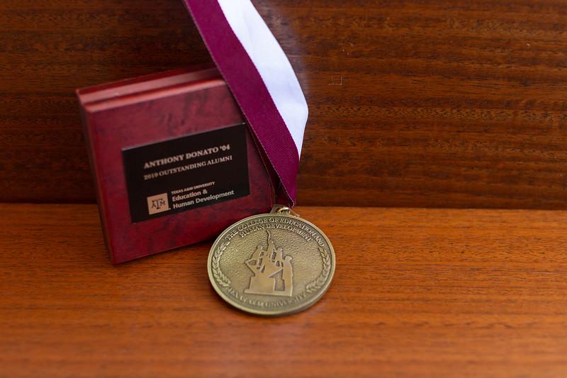 OA Medallion_0002.jpg