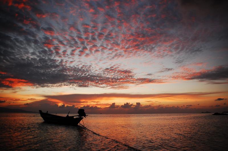 koh-phangan-quick-guide-flickr-copyright-Tomas-Barrios.jpg