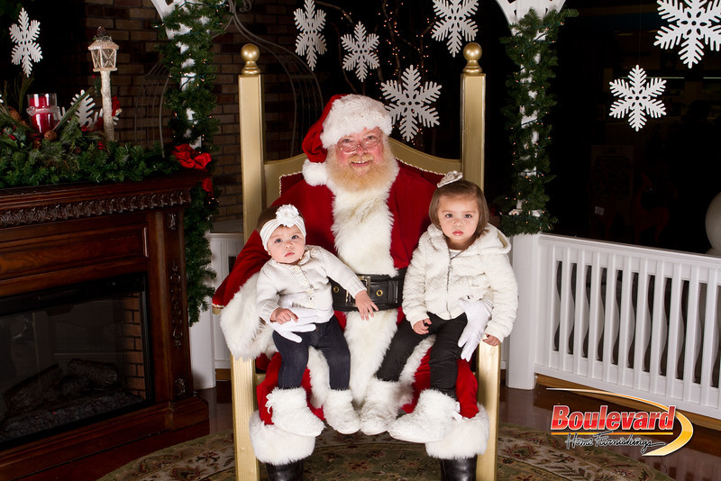 Santa Dec 15-197.jpg