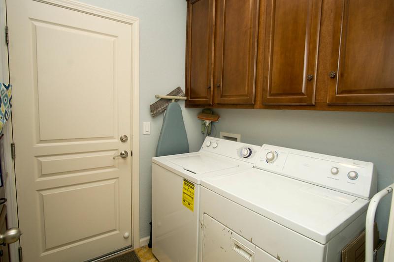 laundry a.jpg