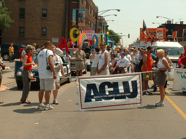 Pride Parade 2001-23-1.jpg
