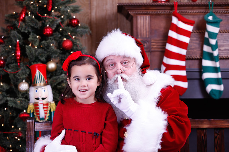Santa (311 of 1412).jpg