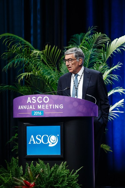 Luca Gianni, MD, presents Abstract 502 during Breast Cancer? HER2/ER Oral Abstract Session