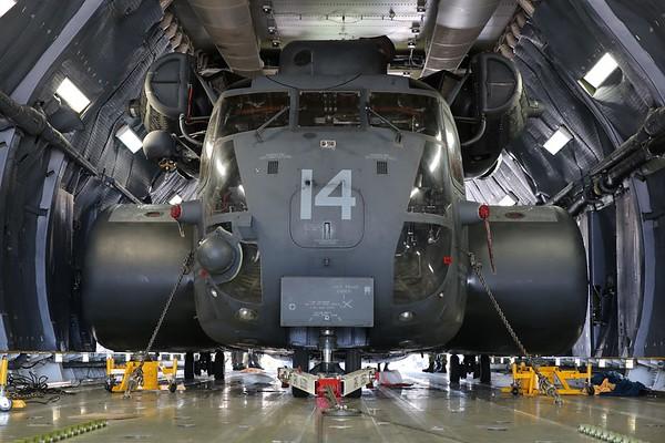 HM-15 Det II C-5M Airlift, 19Nov18