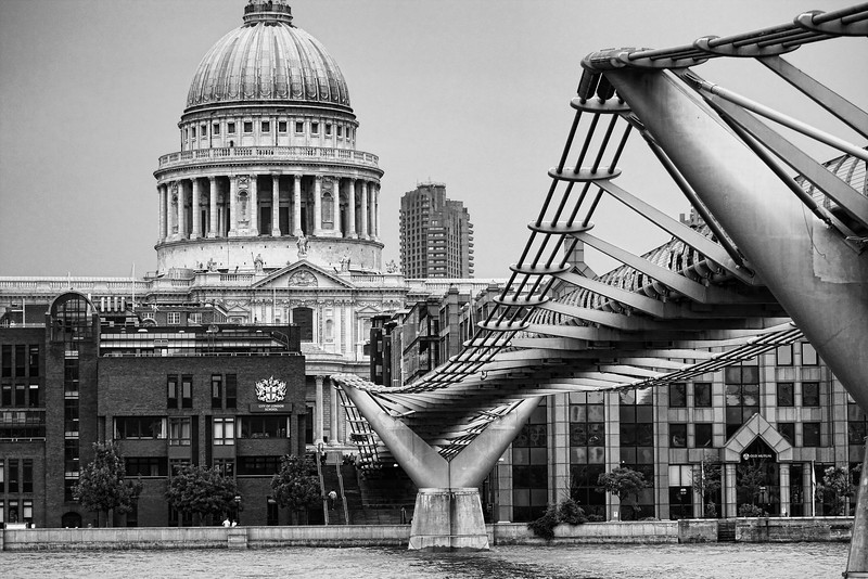 The Millennium Bridge, CLS, and St. Paul's Cathedral. London, UK (HDR)
