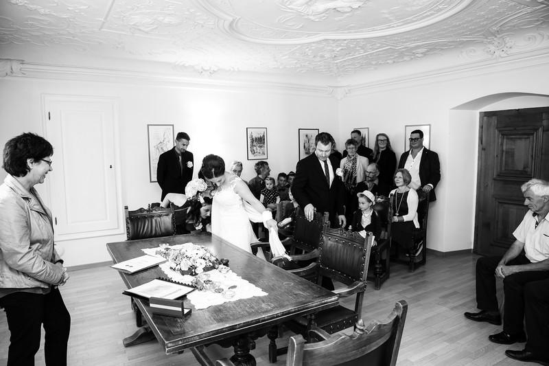 Hochzeit-Martina-und-Saemy-8294.jpg