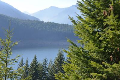 Breitenbusch Lake in Cascade mts