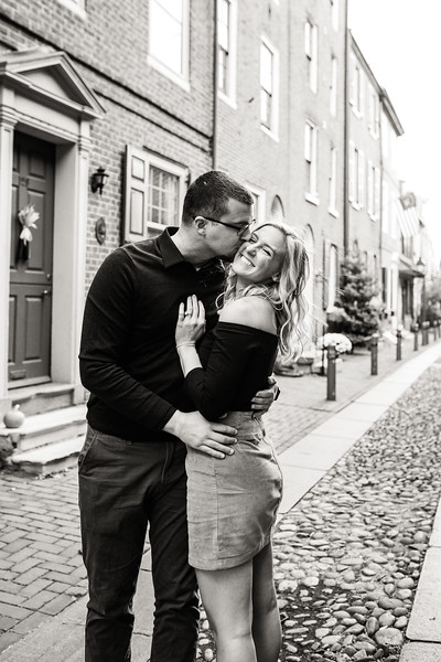MICHELLE AND NICK - OLD CITY ENGAGEMENT SESSION - 8.jpg