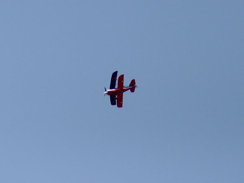 eslairshow_biplane_02_4x3_07262008.jpg